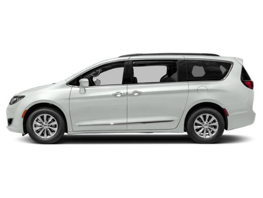 2019 Chrysler Pacifica Touring L In Virginia Beach Va Charles Barker Automotive